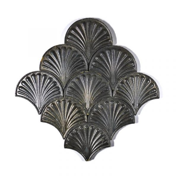 Zellige Metallic Fishscale Flower 13cm x 12cm